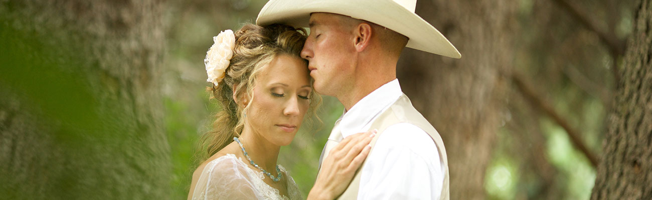 Romantic Country Cowboy Wedding in Otis Orchards, Washington: Tiffany + Devyn
